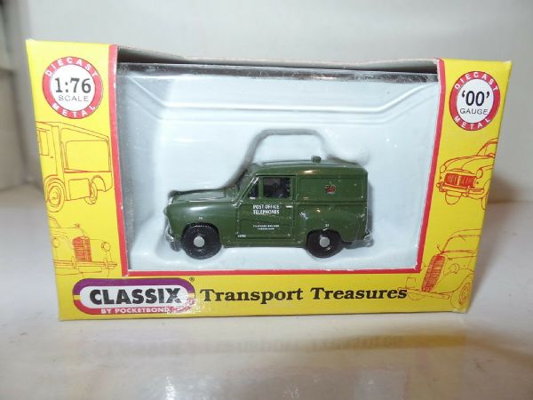 Classix EM76668 1/76 OO Scale Austin A35 Van GPO Post Office Telephones Green